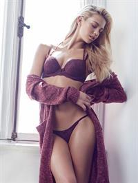 Hanna Edwinson in lingerie