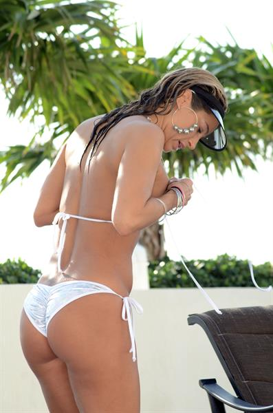 Jennifer Nicole Lee in a bikini - ass