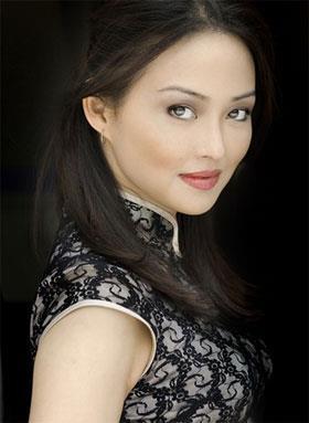Elizabeth Tan