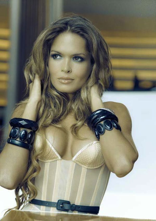 Cindy Taylor in lingerie