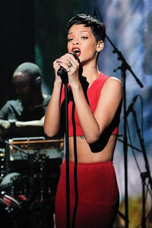 Rihanna La Chanson De L'Annee 2012 in Paris 12/11/12