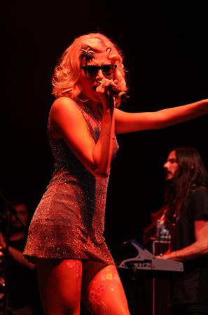 Pixie Lott Performs at the V Festival at Hylands Park in Chelmsford Day 2 - 19.08.2012