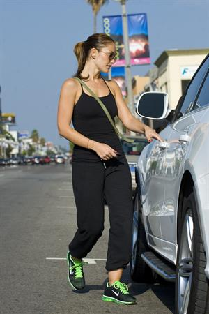 Minka Kelly walking to her car in Hollywood on July 5, 2012
