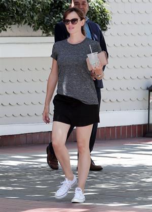 Jennifer Garner out in Santa Monica August 15, 2014