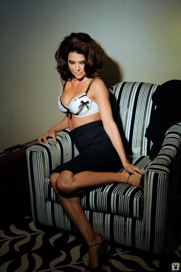 Lisa Rinna in lingerie