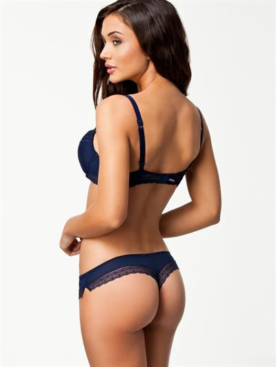Amy Jackson in lingerie - ass