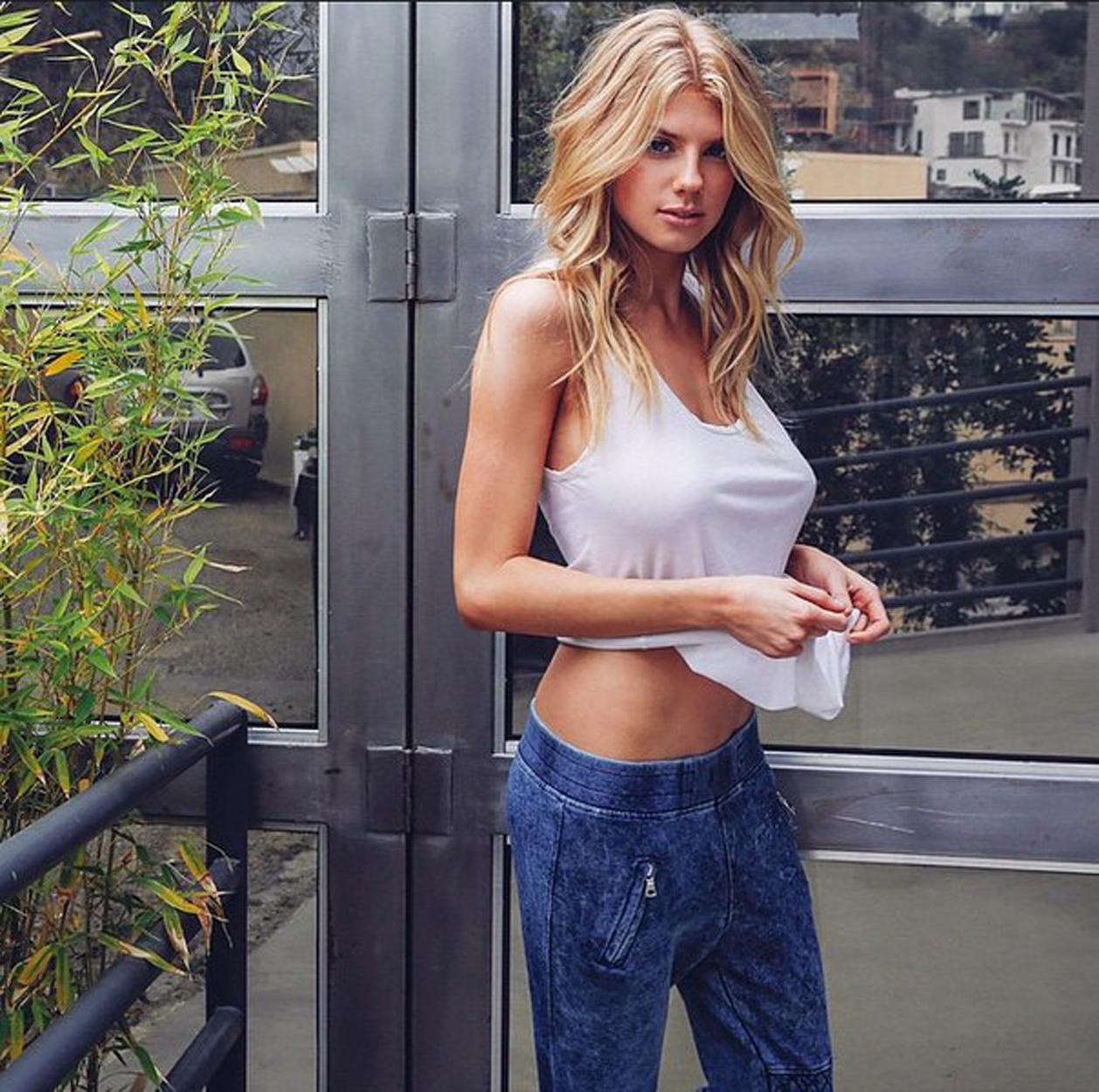 Charlotte Springers Pictures. Hotness Rating = 8.60/10