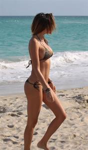 Aída Yéspica in a bikini