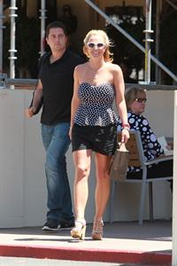 Britney Spears shopping in Westlake Village August 13, 2014