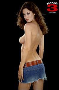 Nikkala Stott - breasts