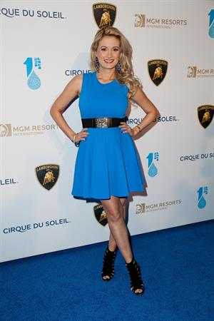 Holly Madison Cirque du Soleil Presents  One Night For ONE DROP  in Las Vegas, March 22, 2013