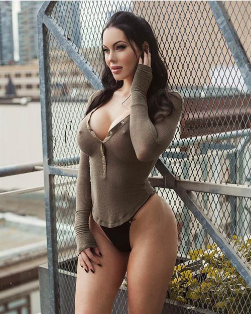 Mature women dressed like young sluts