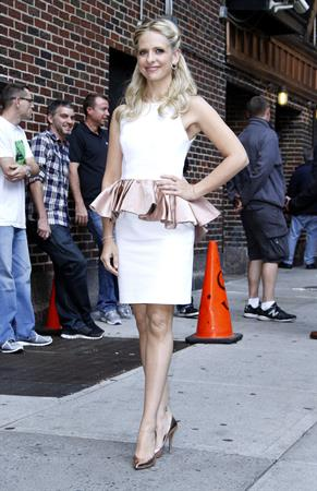 Sarah Michelle Gellar Visits  Late Show With David Letterman  - New York, Oct. 1, 2013