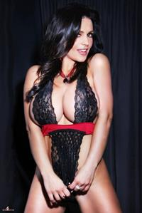 Denise Milani in lingerie