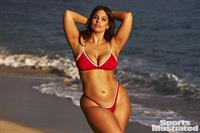 Ashley Graham Pictures