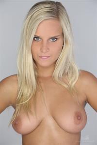 Marry Queen - breasts