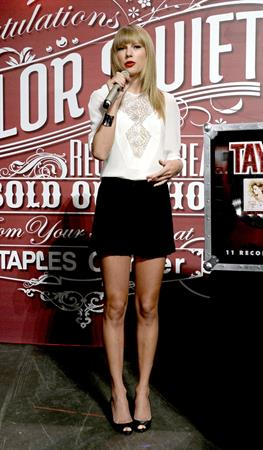 Taylor Swift 'Red' Tour Press Event in LA 8/20/13