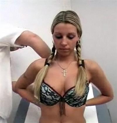 Gabiva in lingerie