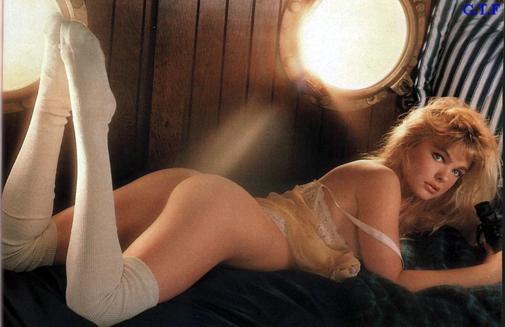 Erika Eleniak Nude Images