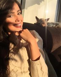 Ana Carolina Ugarte taking a selfie