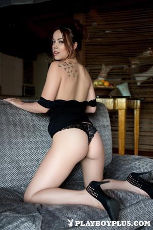 Playboy Cybergirl: Elizabeth Marxs Nude Photos & Videos at Playboy Plus!