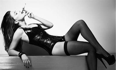 Amber Heard in lingerie