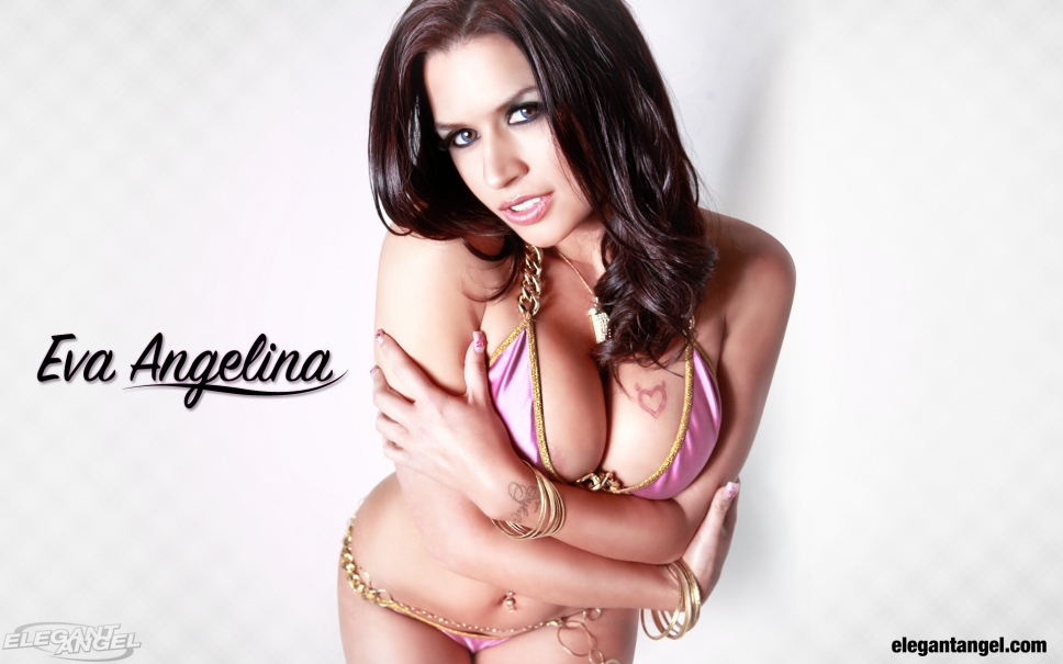 Eva Angelina in lingerie