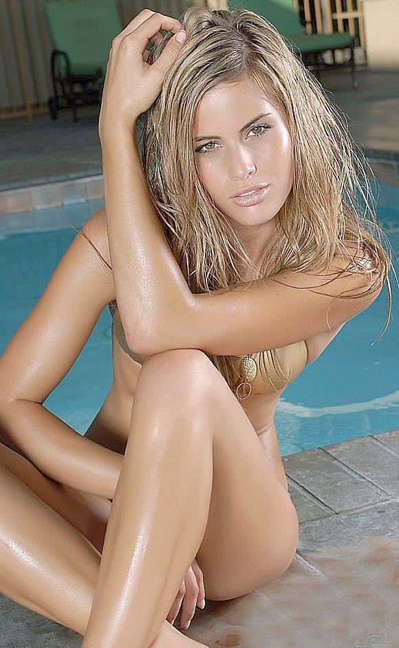 Marielle Jaffe in a bikini