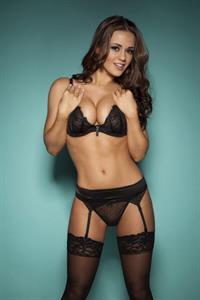 Emma Kuziara in lingerie
