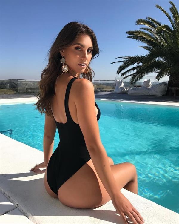 Stephanie Rayner
