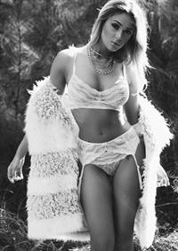 Iesha Marie in lingerie