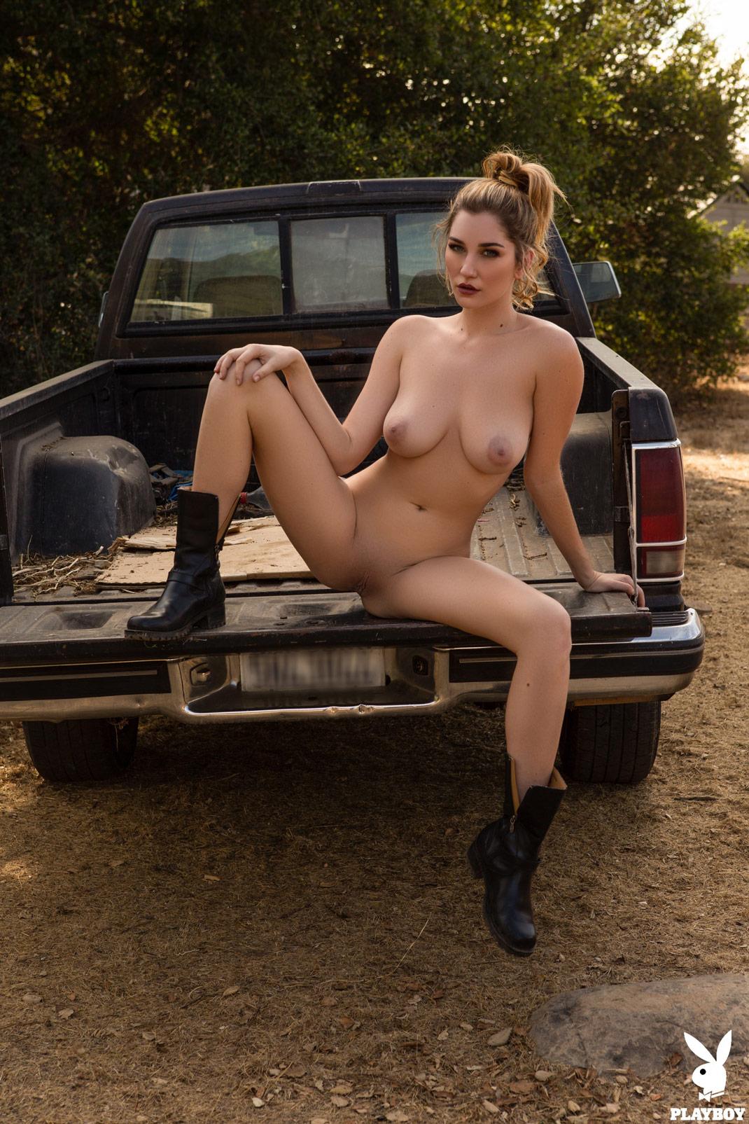 Tits Hacked Olivia Preston naked photo 2017