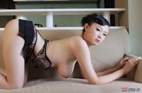 Bing Yi - breasts
