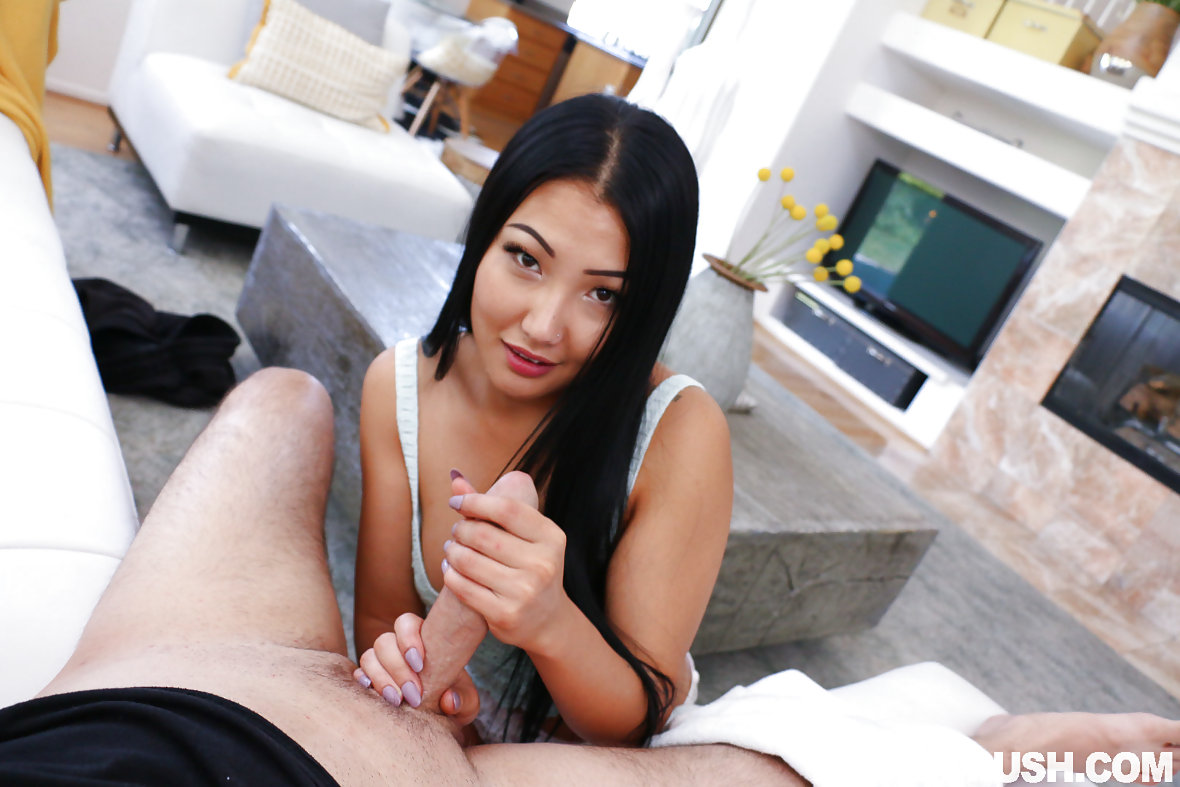 Barefoot Leah Luv Porn jade luv nude pictures. rating = unrated