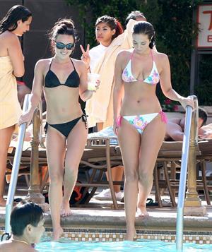 Tulisa Contostavlos - bikini photoshoot in Las Vegas - April 10, 2013