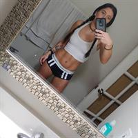 Alissa Avni taking a selfie