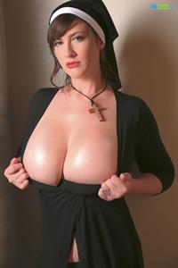 Lana Kendrick in a Halloween Nun Costume With Her Boobs Pop Out