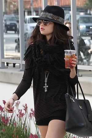 Selena Gomez leaving Panera Bread in LA 2/2/13