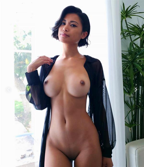 Chanel Uzi - breasts
