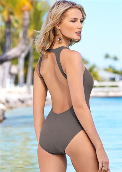 Anonymous in a bikini - ass