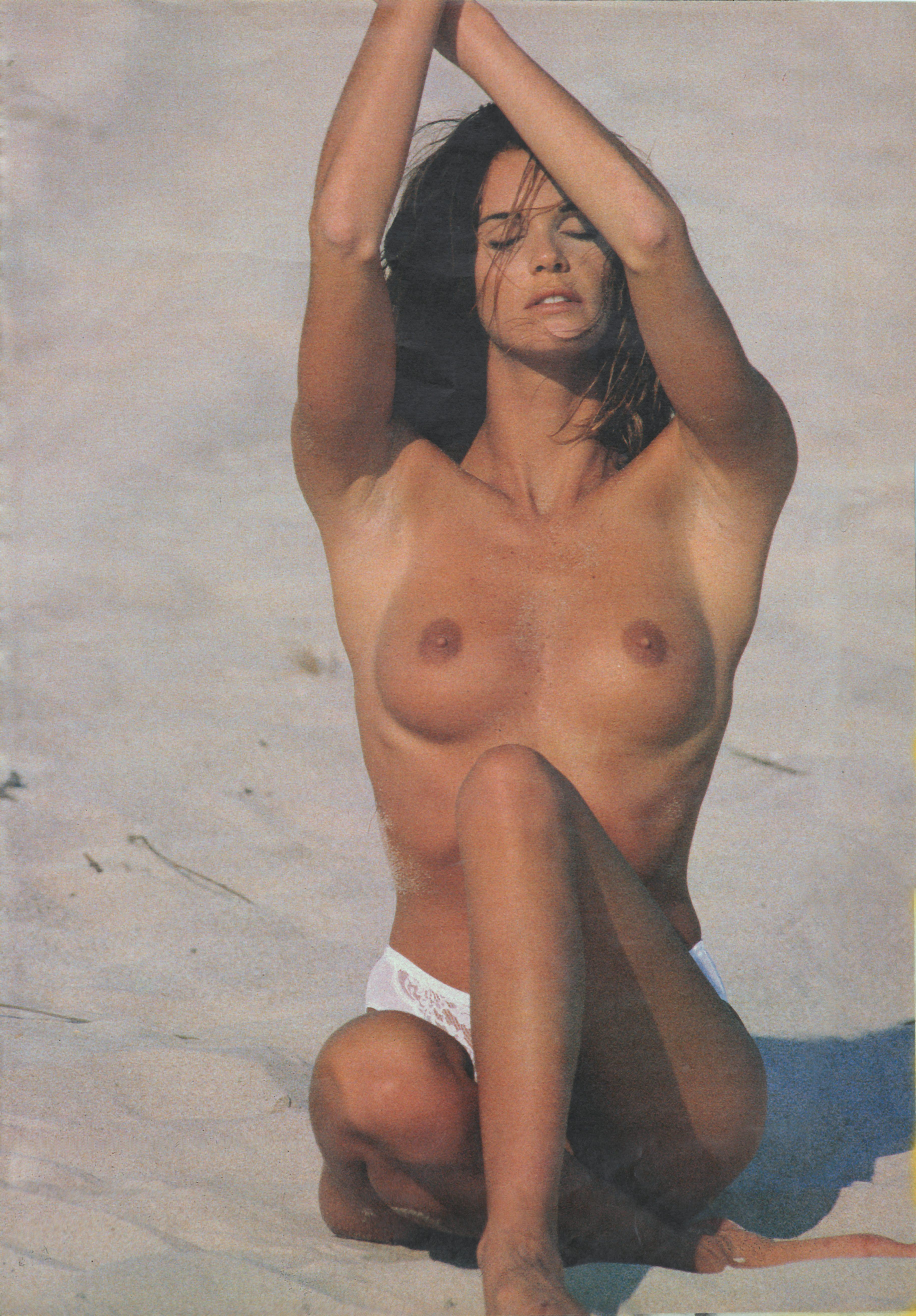 Elle Macpherson Nude - 9 Pictures In An Infinite Scroll-4783