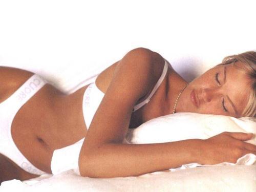Valeria Mazza in lingerie