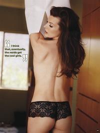 Milla Jovovich in lingerie - ass