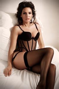 Bleona Qereti in lingerie