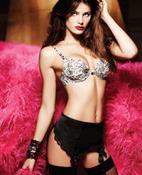 Isabeli Fontana in lingerie