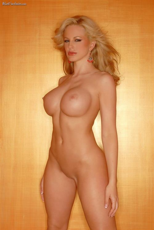 Divini Rae Nude Pictures Rating  83410-5261