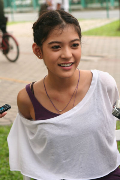 Apinya Sakuljaroensuk