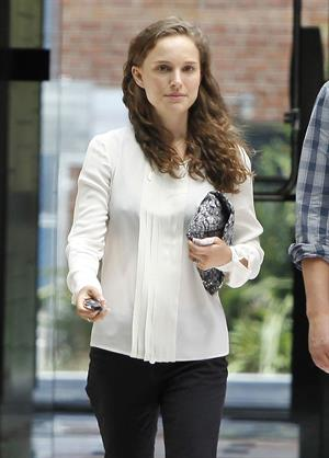 Natalie Portman - Exits an office building in Beverly Hills - August 10, 2012