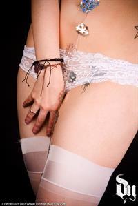 Zoe Quinn in lingerie
