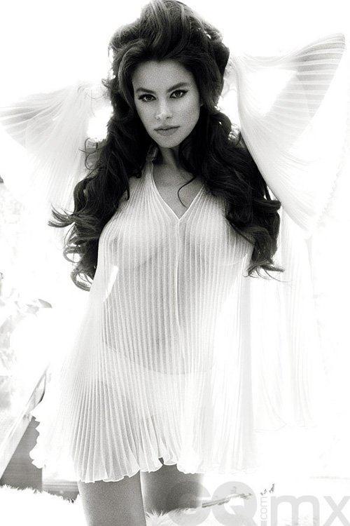 Sofia Vergara in lingerie - breasts
